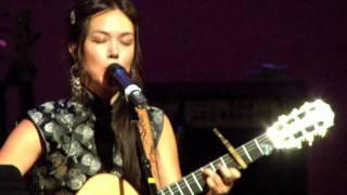 "Tina Malia - ""Kol Galgal"" LIVE from India.Arie & Idan Raichel"