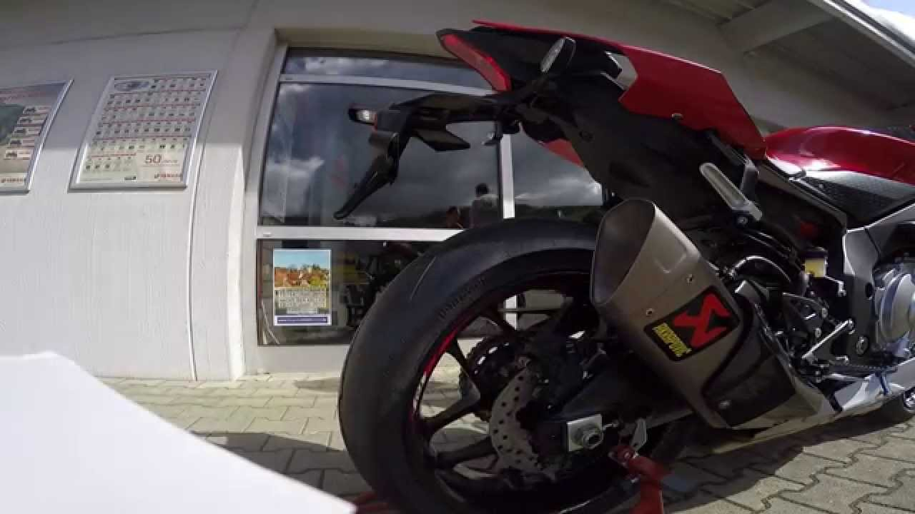 Yamaha YZF R1 2015 Akrapovic