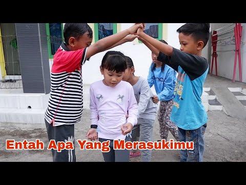 Wek Wek Gung 💖 Permainan Tradisional Anak 💖 Entah Apa Yang Merasukimu 💖 Salah Apa Aku