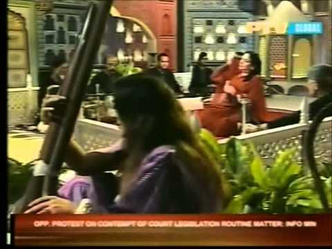 Tasawar Khanum - Dil Main Ik Leher Si Uthi Hai Abhi