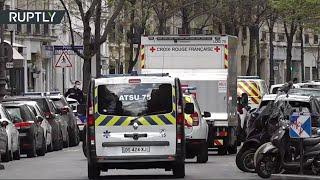 파리 병원 밖에서 촬영, 도망 치는 공격자-미디어