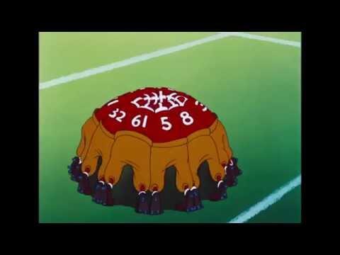 Mickey Trop Drle   Dingo joue au foot