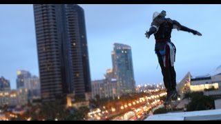 Assassin's Creed 4 Meets Parkour in Real Life - Comic-Con in 4K(Watch the behind the scenes of our Assassin's Creed 4 parkour vid in the link below. http://youtu.be/WaISBW3Z_14 We shot this video in 4K with the Canon ..., 2013-07-31T19:55:23.000Z)