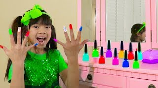 Emma Pretend Play w/ Colorful Nail Polish Salon Toys for Children