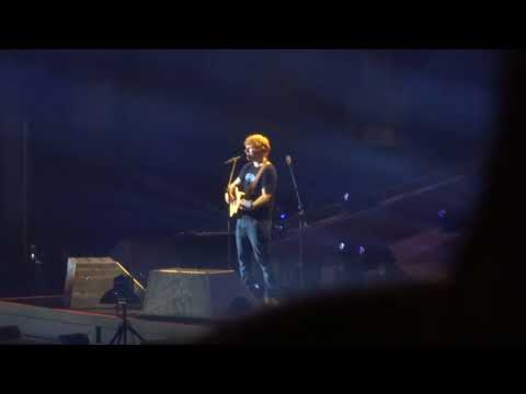 Ed Sheeran - A Team - Tacoma Dome 7/29/17