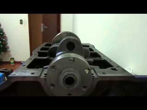 1 parte medindo folga do virabrequim do motor ford 302 v8 com plastigage