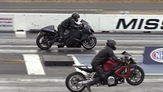 Two of The Fastest Motorcycles -Hayabusa vs Honda CBR1100XX Blackbird- drag race