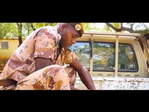 Iba One & Sidiki Diabaté - Allah Be Mali Fai (Clip Officiel)