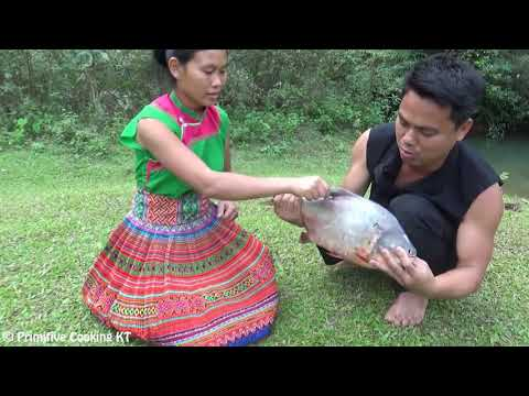 Primitive Technology - Cooking Big Cat Fish  - Grilled Fish Eating - Catch And Cook