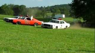 Bo & Luke Duke Drive the General Lee with Jump (Hazzard Homecoming 2012)