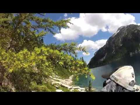 hiking around Schjelderup Lake pt2