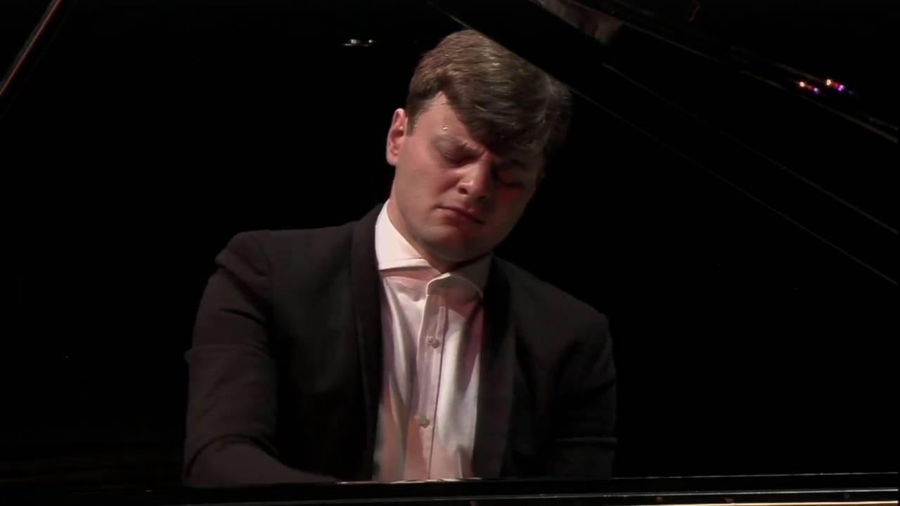 Georgy Tchaidze plays Rachmaninov 3 Etudes-Tableaux, op.33