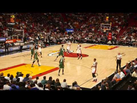 MIAMI HEAT vs. MILWAUKEE BUCKS  - AMERICAN AIRLINES ARENA, MIAMI