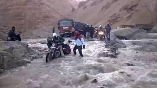 Royal Enfield Trip Form Manali To Leh Ladakh
