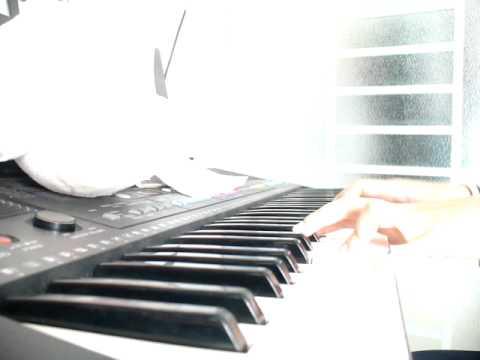 Em yêu anh nhiều lắm [piano version] by Ly Gaga™.MOV