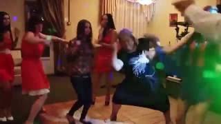 Funny Dance at Wedding / Танец тёщи на свадьбе