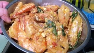 Golden salted eggs prawns 黄金咸蛋虾
