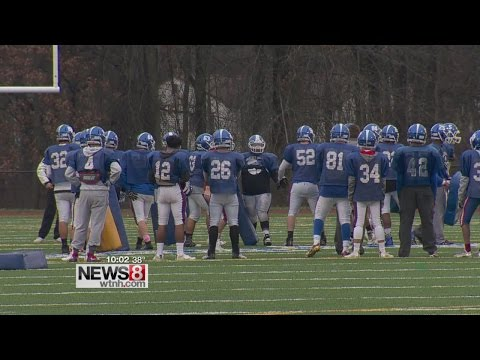 Doctors debate high school football ban due to concussion concerns