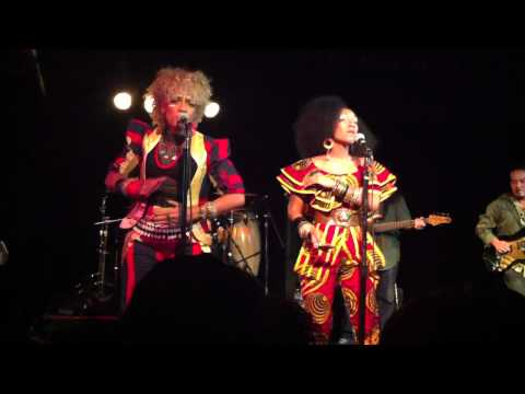 "Les Nubians Live at the Black Cat ""Solide"""