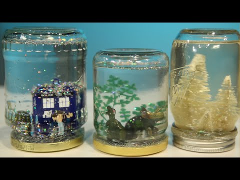 Mason Jar Snow Globe DIY