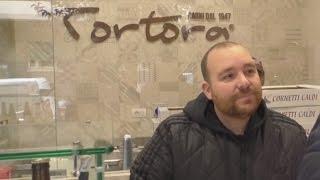 Video Napoli - Terzo furto a Mario Tortora, il re dei panini (20.12.16) download MP3, 3GP, MP4, WEBM, AVI, FLV November 2017