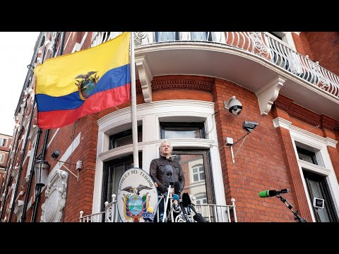 Ecuador Removes Extra Security At London Embassy