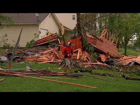 Raw: Severe Winds Damage Homes North of Houston