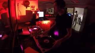 La Station Rose - DJ set dans le Cosmic Show (04/04/0215)