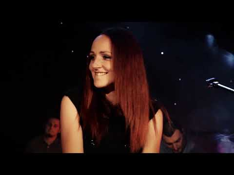 Irina Kapetanović & Acoustic Live Lounge - MRAZEVI (Official Video)
