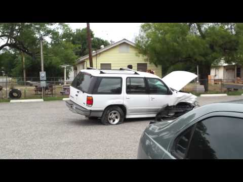 Three Vehicle Accident near Knippa School