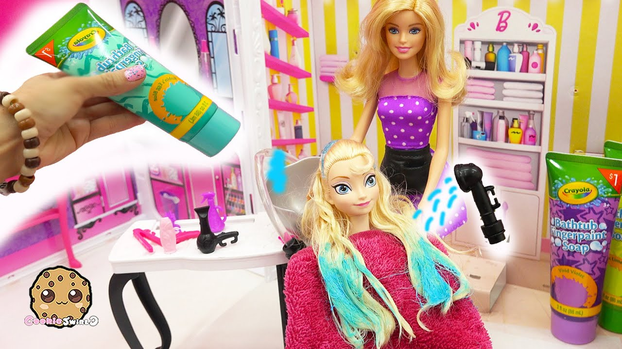 Beauty Hair Style Salon With Water Sprayer + Colors Queen Elsa's Hair + Color Changer Barbie Do