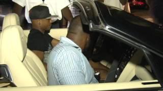 Andre Ayew picks up Family from Kotota International Airport