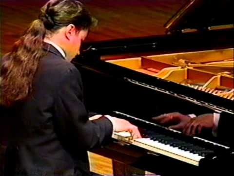 Alexei Sultanov performs Liszt Sonata in B minor, Tokyo 1999.