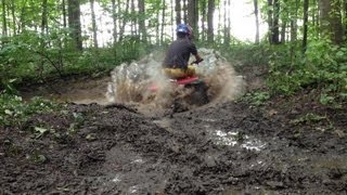 1puglife wanna be honda three wheeler mudding
