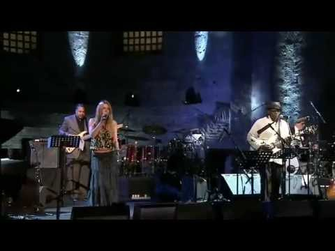 """Joss Stone feat. Joe Louis Walker and more - """"Some Kind Of Wonderful"""" live at Inter. Jazz Day 2013"""