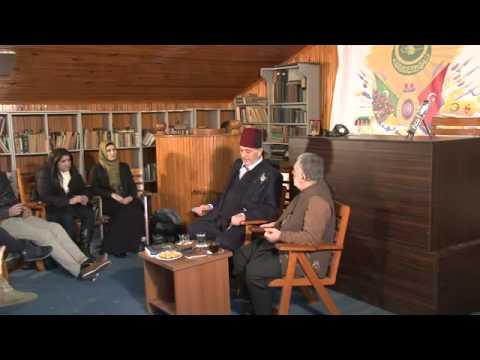 Üstad Kadir Mısıroğlu and prof. Adil Özdemir with students