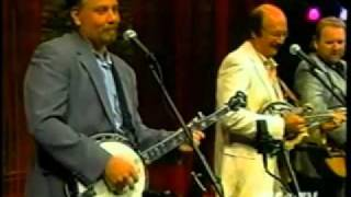 The Lost & Found Bluegrass Band/Them Golden Slippers.wmv