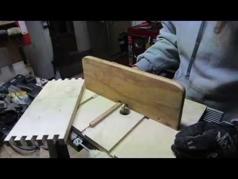 Making a box joint jig for the router table youtube keyboard keysfo Gallery