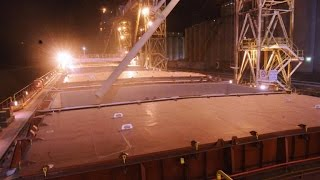 Why Loading 30,000 Tons of Grain on a Ship Is Very Risky