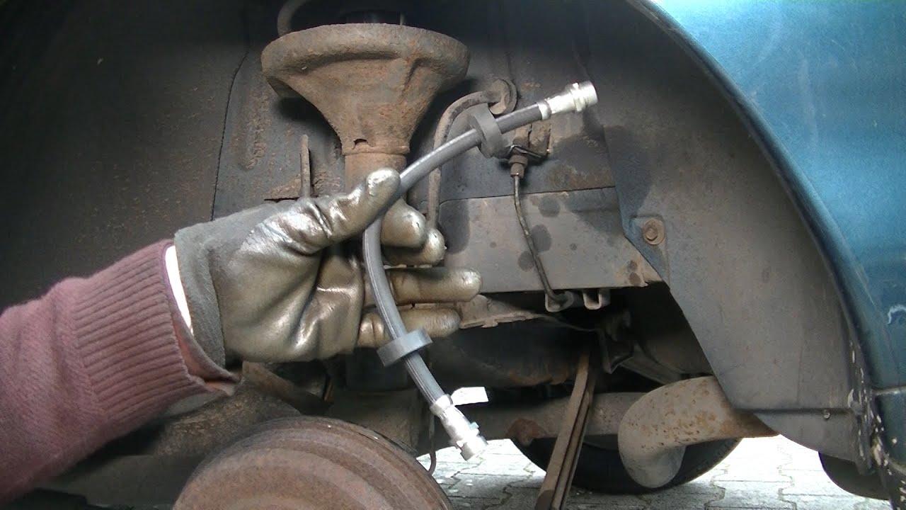 Flexible de frein avant droite