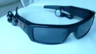 OAKLEY SPLIT THUMP REVIEW 2012 MP3 SUNGLASSES REVIEW