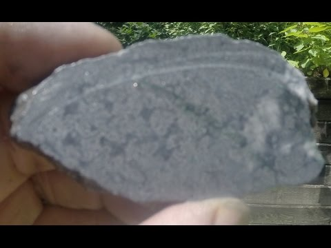 WHAT DOES SILVER ORE LOOK LIKE?