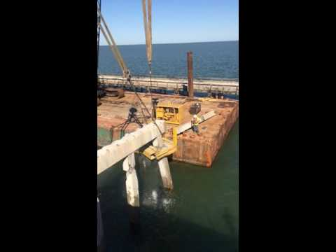Texas Bridge Removal - Pile Cutting Shears