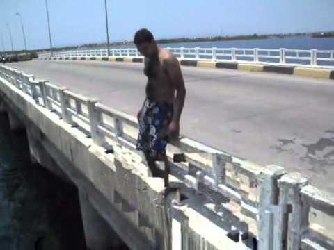 pulando da ponte de paulo afonso