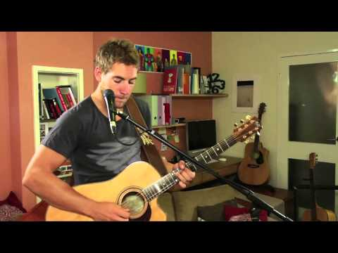 Mistakes & Ladders - Tom Richardson (Live in a Lounge Room)