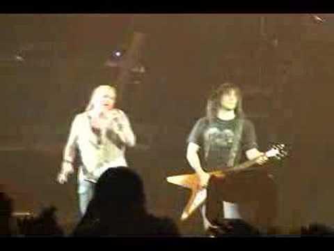 Guns N` Roses Tour 2007 Chiba – Don`t cry pt1