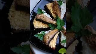 Самые вкусные бутербродики : со шпротами и с сёмгой)