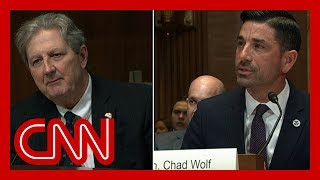 Trump official can't answer simple coronavirus questions | Anderson Cooper