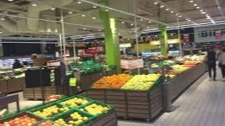 Auchan La Couronne, 15h45, mardi