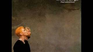 Eurythmics - Here comes the rain again (Live acoustic version)
